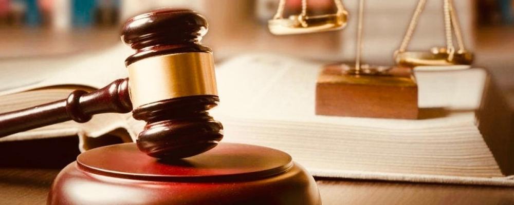 При подаче заявления истец обязан предъявить доказательства того, что поступки ответчика и другие обстоятельства ущемляют его законные права и ухудшают состояние собственности.