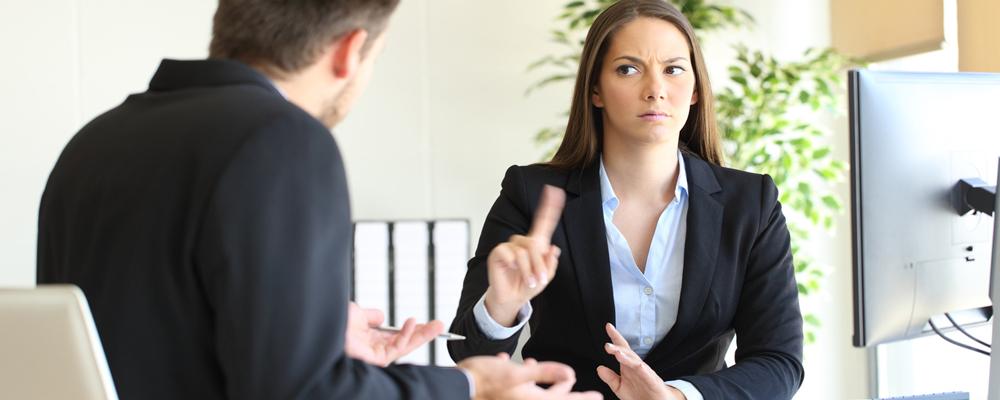 Списание безнадежных долгов доступно заемщикам, кандидатура которых соответствует требованиям закона.